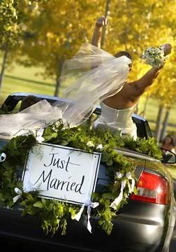 Just Married - Callaluna Events, image by  Rita Angelica Cadena, CC