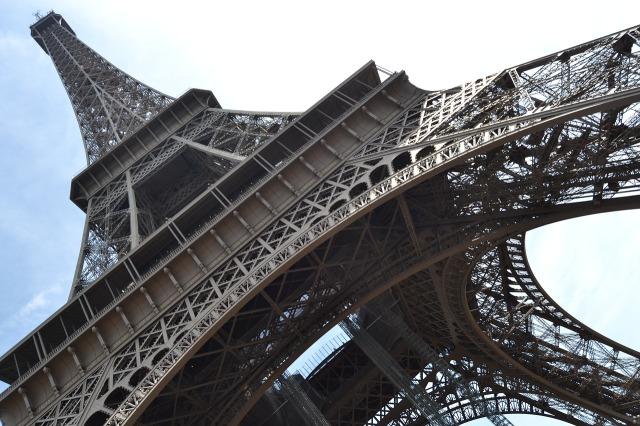 paris-965141_1280